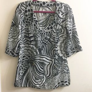 Trina Turk black/white printed swim cover/shirt